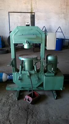 Art moule machine de presse pour carreaux de ciment for Machine pour carrelage